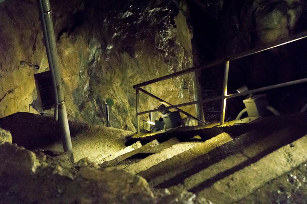 日帰り旅 神秘の宝石箱!冬の奥多摩日原鍾乳洞へ冒険に行こう!