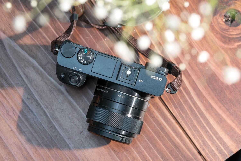 気軽に良い写真を。SONYの単焦点レンズSEL35F18が軽くておすすめ。