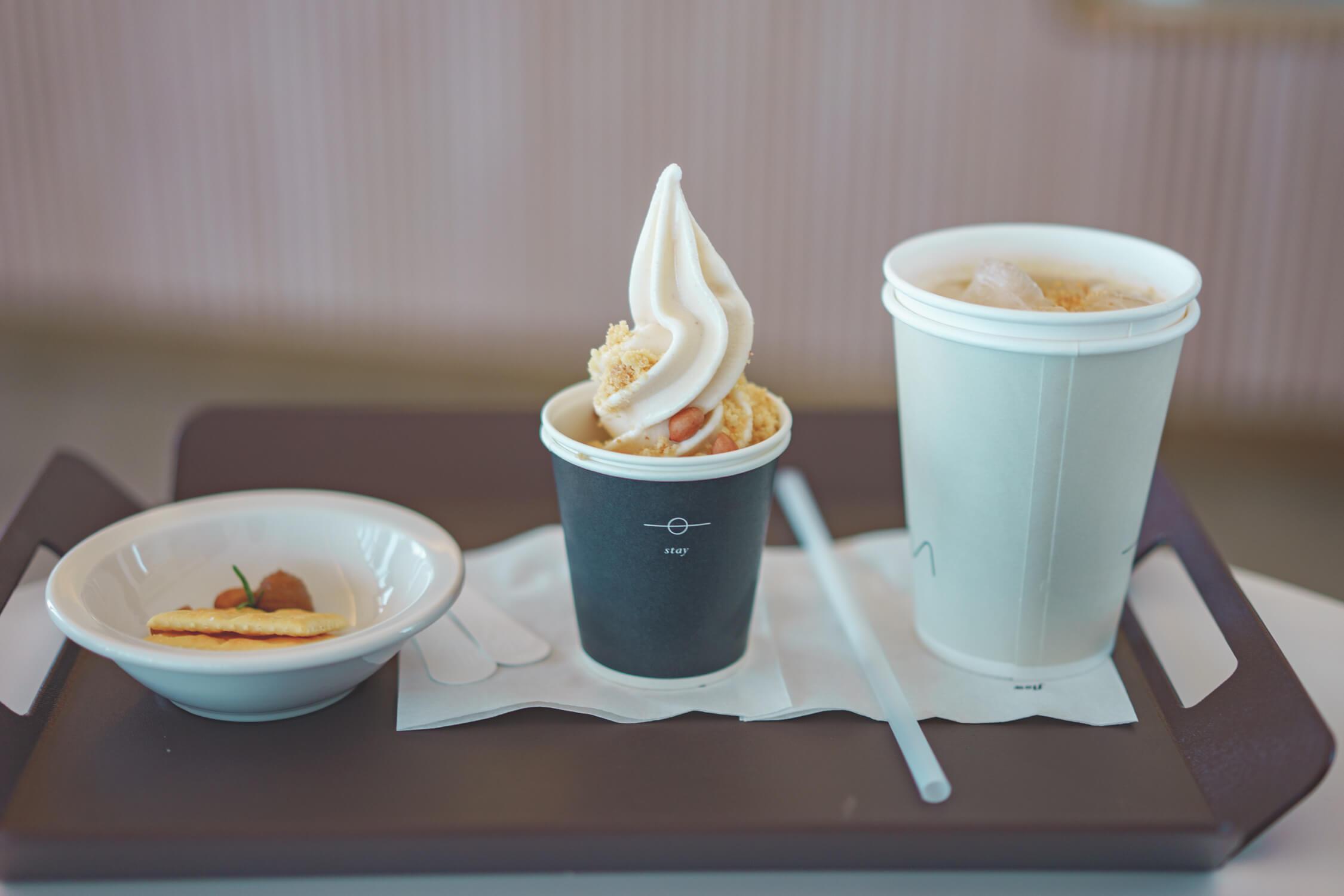 """チェジュ島牛島(ウド)にあるスイーツ """"BLANC ROCHER""""のピーナツバターソフトクリームが格別だった"""